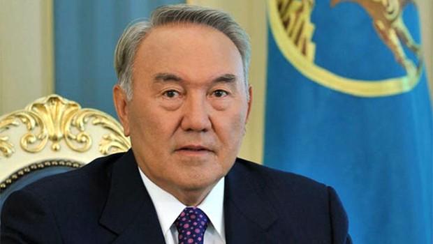 nazarbayev-03